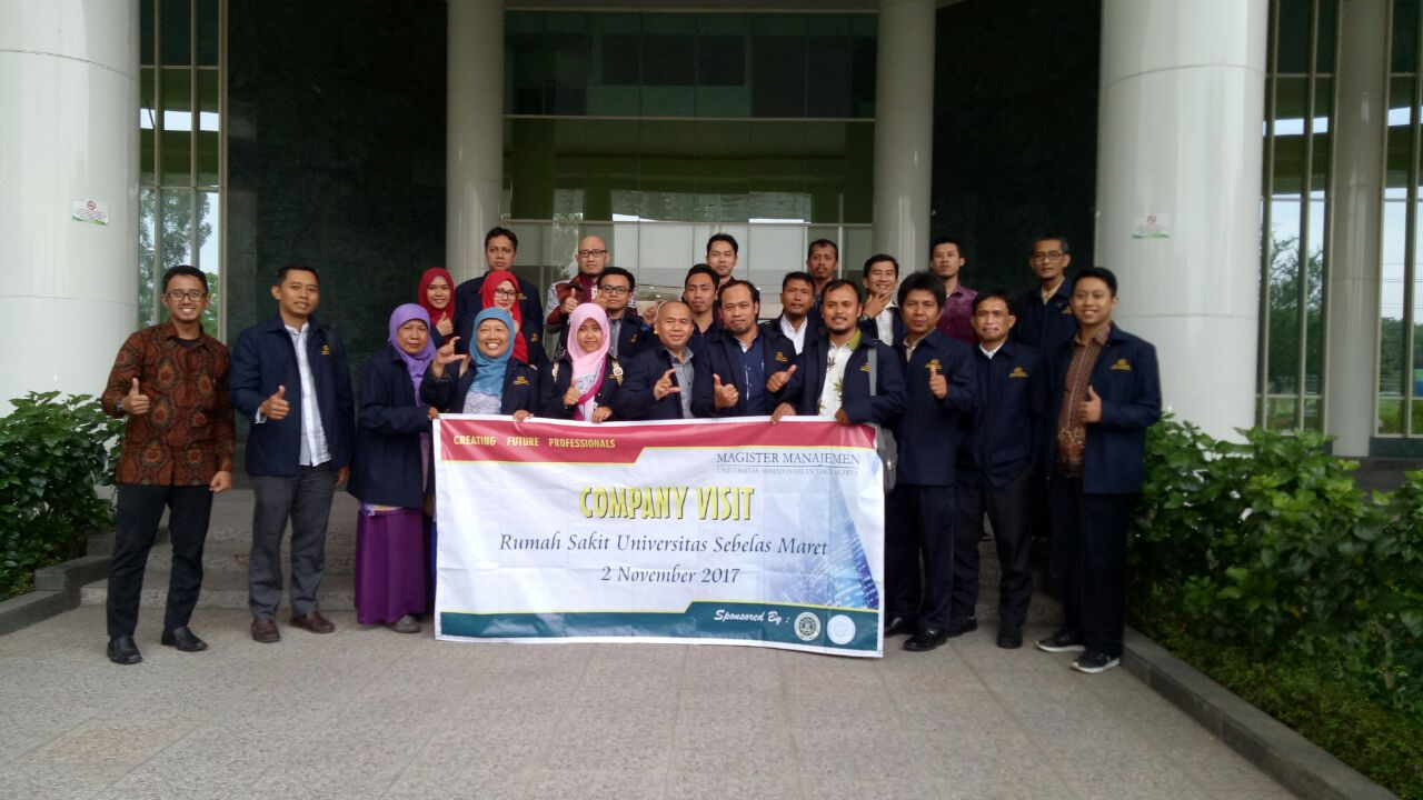 Company Visit di Rumah Sakit Universitas Sebelas Maret